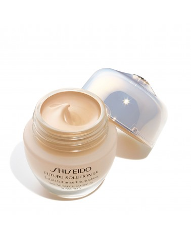 Shiseido Future Solution LX Total Radiance Foundation G3